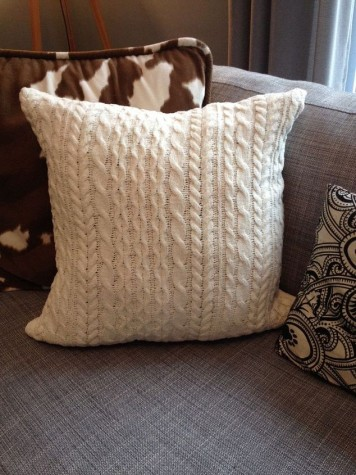 DIY: Cableknit Pillows