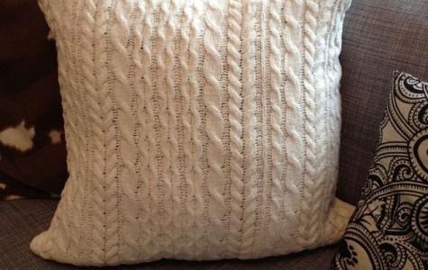 DIY: Cableknit Pillows