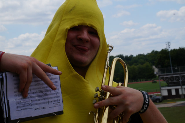 Kyle the banana posing outside before the pep rally.