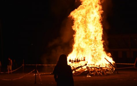 Homecoming bonfire lights the night