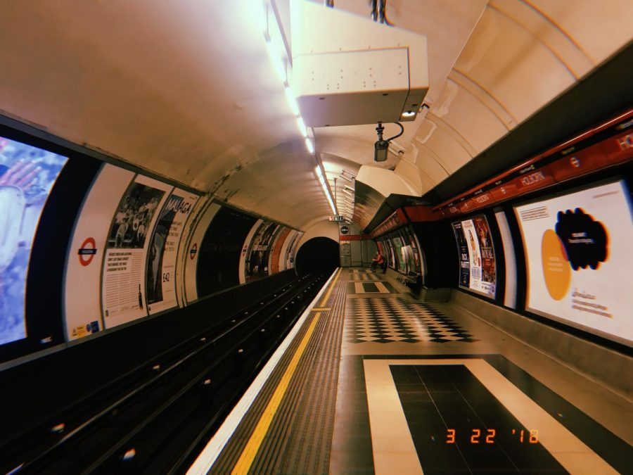 Chris Eckler led the students through the London Underground, a subway system that connects the suburbs to innermost parts of the city. Just as important as the big, red double decker buses, the tubes helped the students navigate miles of history nd shops, although they did find themselves lost in the underground system a few times!