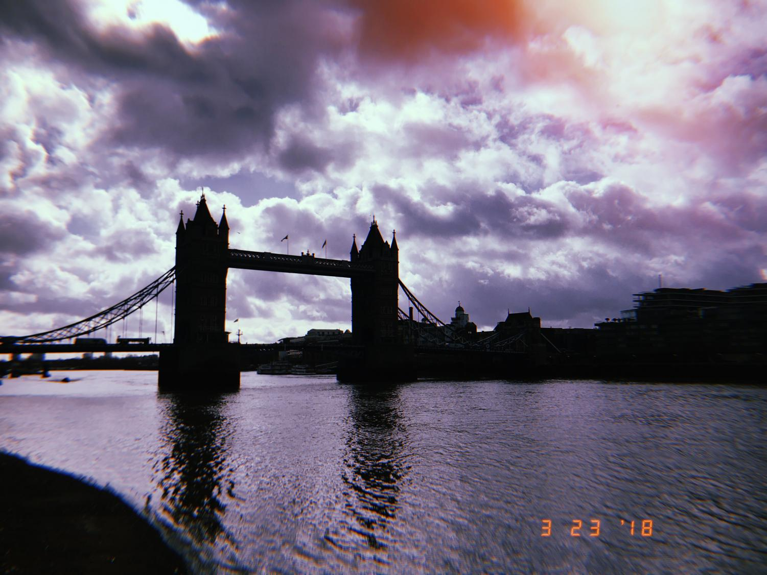 Commonly+mistaken+as+the+London+Bridge%2C+what+is+actually+called+the+Tower+Bridge+stands+tall+next+to+its+shorter+surrounding+bridges.+The+Tower+Bridge+sits+over+the+Thames+River%2C+connecting+the+historical+royal+half+of+the+city+to+the+%22commoner%22+side.