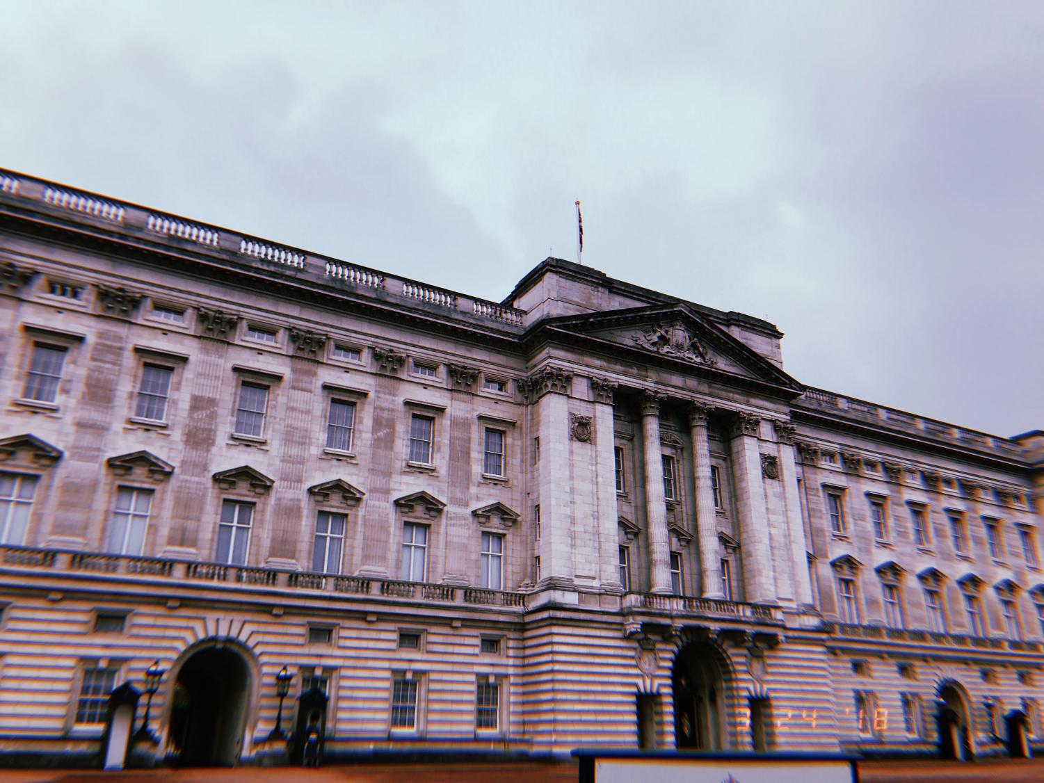 Students+got+to+watch+the+feathery+hatted+guards+outside+of+the+Buckingham+Palace%2C+where+the+royals+reside.+Unfortunately%2C+the+changing+of+the+guard+did+not+take+place+that+day%2C+but+it+was+still+a+beautiful+and+interesting+sight+to+see.+