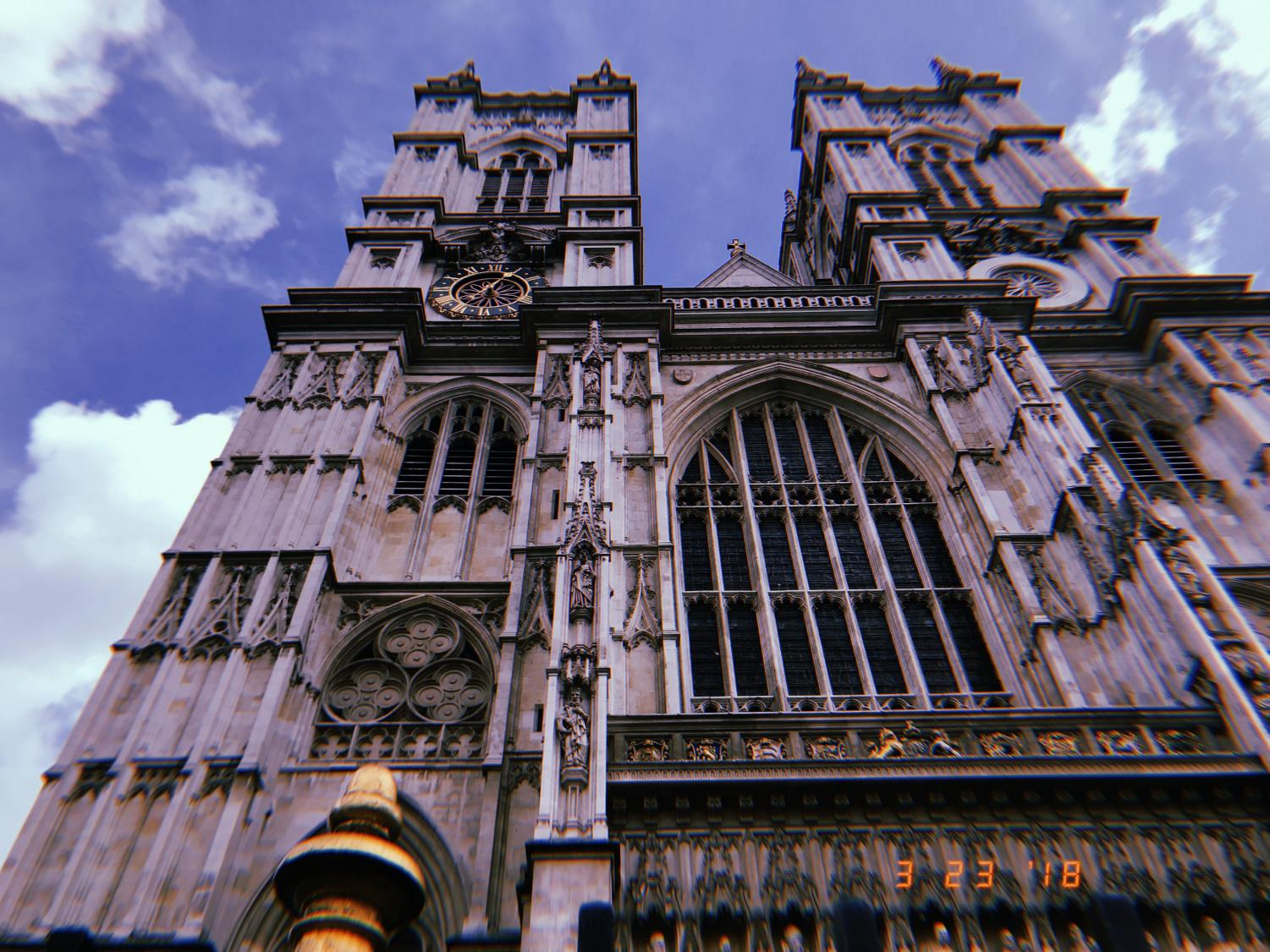 Westminster+Abbey+is+the+oldest+cathedral+in+London%2C+and+is+full+of+the+tombs+and+memorials+of+past+kings%2C+queens%2C+and+some+of+the+greatest+minds+in+the+world.+Most+recently+added+will+be+Stephen+Hawking%2C+who+just+passed+away+in+March.+He+will+be+memorialized+among+the+minds+of+Sir+Isaac+Newton+and+Shakespeare.+
