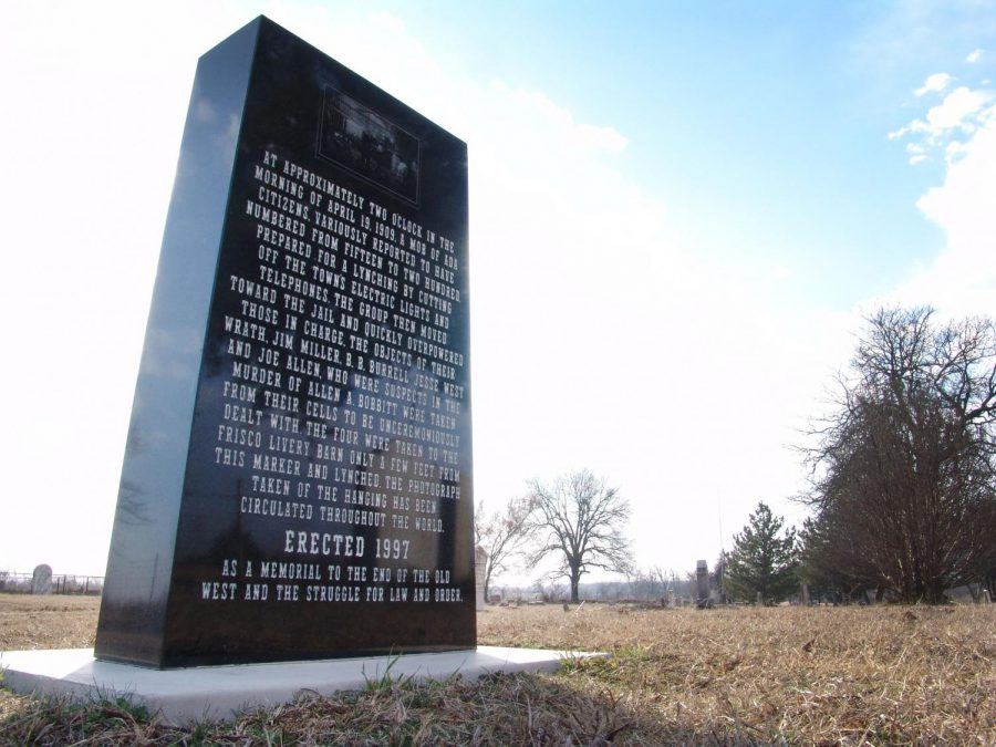 The monument that commemorates the lynching in 1909.