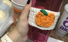 Halloween How-to: Crochet Pumpkin Coffee Cup Sleeve