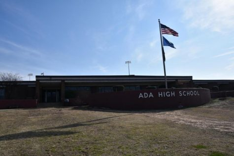 Ada High School is largely in-person this year. However, the district has had to switch to distance learning on several occasions this school year. In addition, the district has also offered  a completely online Cougar Academy.